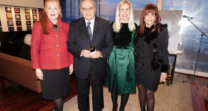 Εταιρία Φίλων Δημοτικού Θεάτρου Πειραιά – Εξαιρετική εκδήλωση με Βραβεύσεις στη Ναυτιλιακή Λέσχη Πειραιά