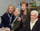 Η Περιφερειάρχης Ρένα Δούρου στο Κέντρο Ημερήσιας Φροντίδας Ηλικιωμένων (ΚΗΦΗ) και στο Κοινωνικό Παντοπωλείο του Δήμου Αγίας Βαρβάρας