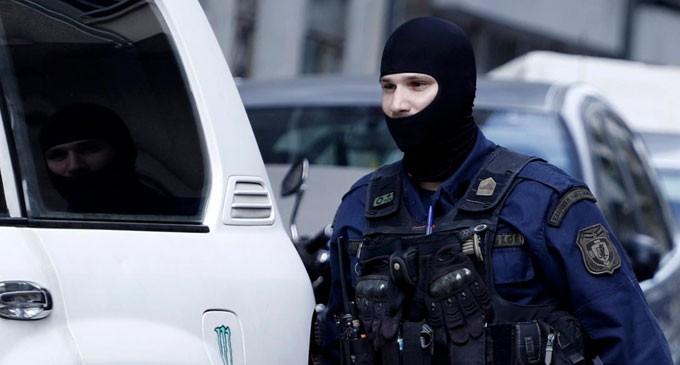 Νυχτερινό θρίλερ πίσω από τη ΓΑΔΑ με «πρωταγωνιστή» αστυνομικό εκτός ελέγχου