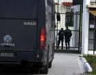 Απόδραση τεσσάρων κρατουμένων από τη Διεύθυνση Μεταγωγών – Πήραν όπλα από τους αστυνομικούς!