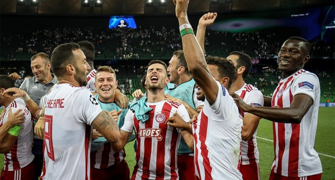 Champions League: Ο Ολυμπιακός των ρεκόρ στους ομίλους – 16 παιχνίδια αήττητος