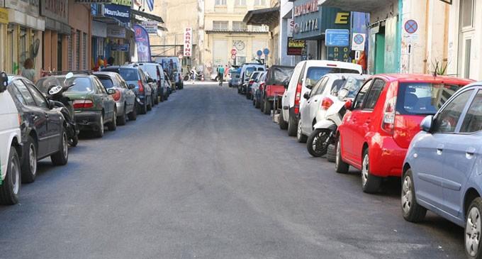 Ασφαλτοστρώσεις σε δρόμους περιμετρικά του λιμανιού από τον Δήμο Πειραιά