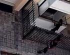 Ανήλικοι ΚΛΕΦΤΕΣ μπουκάρουν από τα παράθυρα! – Απίστευτες εικόνες από την Καλλίπολη