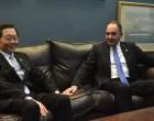 Ναυτιλιακός εξοπλισμός κι επέκταση προβλήτα Πειραιά στις συζητήσεις Πλακιωτάκη και Πρόεδρου Cosco
