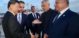 O διάλογος του Δημάρχου Πειραιά με τον Πρόεδρο της Κίνας στις εγκαταστάσεις της Cosco