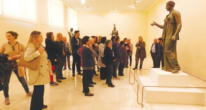Ξενάγηση στο μουσείο Πειραιά