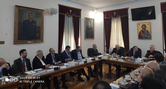 H ατζέντα των σοβαρών ζητημάτων που απασχολούν την πειραϊκή επιχειρηματική κοινότητα – Στο «τραπέζι»: Κυκλοφοριακό, Παρεμπόριο, Ιπποδάμεια Αγορά, Αναπτυξιακό Σχέδιο ΟΧΕ και νέο Δικαστικό Μέγαρο