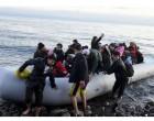 Δουλέμποροι φτιάχνουν πλαστές ελληνικές άδειες διαμονής και ταυτότητες – «Χρυσές» δουλειές μέσω Facebook