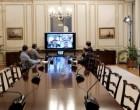 Τηλεδιάσκεψη Μητσοτάκη με Φον ντερ Λάιεν και Μέρκελ για τη νέα δομή στη Λέσβο