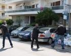 Τρόφιμα και είδη πρώτης ανάγκης παρέδωσε ο «Ρουβίκωνας» στο Γηροκομείο Αθηνών