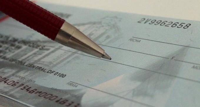 Καταγγελίες: ΧΑΜΟΣ με τις επιταγές! Τράπεζες κάνουν ό,τι τους «καπνίσει» -ΝΑ ΠΑΡΕΜΒΕΙ ΤΟ ΥΠΟΥΡΓΕΙΟ! Ανάστατοι οι επαγγελματίες