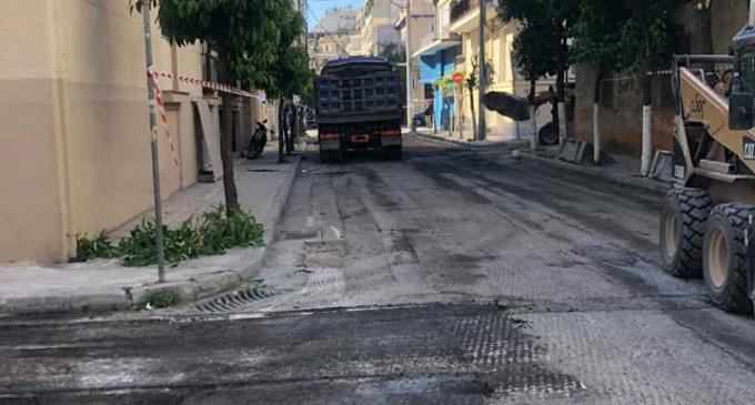 Aσφαλτοστρώσεις στους δρόμους του Νέου Φαλήρου