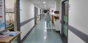 Πρόεδρος νοσοκομειακών γιατρών Αθήνας -Πειραιά: Αν ξεκινήσουν διασωληνώσεις τότε τα πράγματα θα έχουν ξεφύγει
