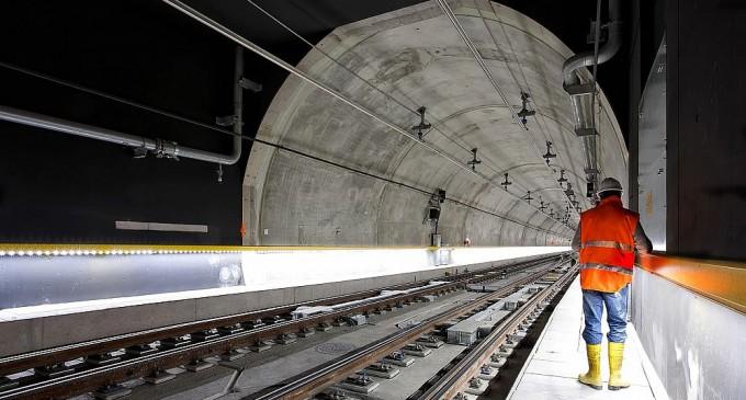 Μετρό Γραμμή 4: Σύννεφα και προβληματισμός για τη συνέχεια του διαγωνισμού