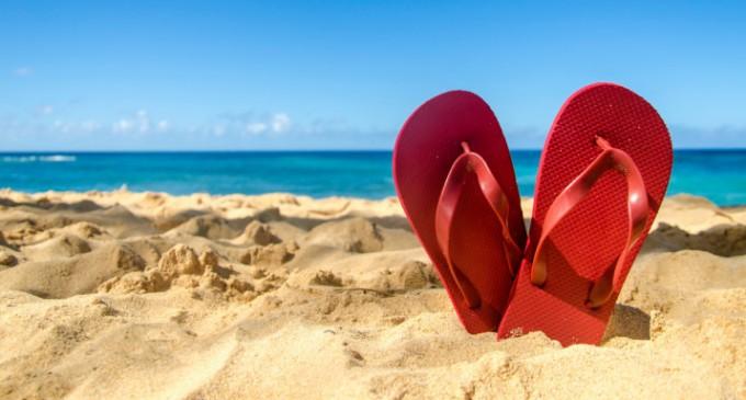 Πώς οι σαγιονάρες, οι ρακέτες και η ξαπλώστρα μπορούν να προκαλέσουν τραυματισμoύς -Τι να προσέξετε το καλοκαίρι