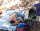 Άστεγος και μέσα στο άλσος του Προφήτη Ηλία