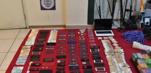 Χειροπέδες σε δύο αστυνομικούς για εμπλοκή σε κύκλωμα διευκόλυνσης παράνομης διαμονής αλλοδαπών – Η ταρίφα