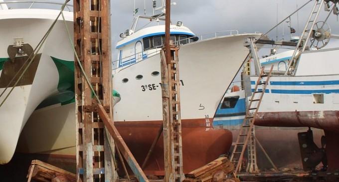 Τραυματισμός ναυτικού από ηλεκτροπληξία στη ΝΕΖ Περάματος