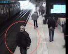 Δείτε πως «ξάφριζαν» τα πορτοφόλια των επιβατών (βίντεο)