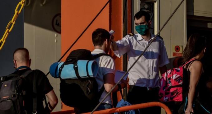 Κορονοϊός: Τα 262 κρούσματα, οι γεμάτες ΜΕΘ κι ο Δεκαπενταύγουστος οδηγούν σε lockdown