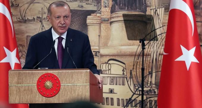 Ερντογάν: «Βρήκαμε τη μεγαλύτερη πηγή φυσικού αερίου στην ιστορία της Μαύρης Θάλασσας»