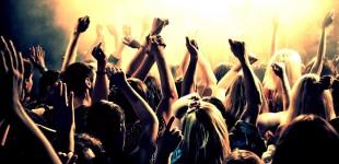 Νέες αποκαλύψεις: Κορωνο-πάρτι με μυστικές προσκλήσεις μέσω Viber –Περιστατικά και στον Πειραιά (βίντεο)