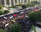 Δίκη Χ.Α.: Οι διαδηλωτές πληθαίνουν όλο και περισσότερο