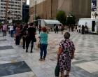 Δείτε: Ουρές στο Δημοτικό Θέατρο Πειραιά για τα τεστ του κορωνοϊού – Ανησυχεί ο κόσμος (φωτο)