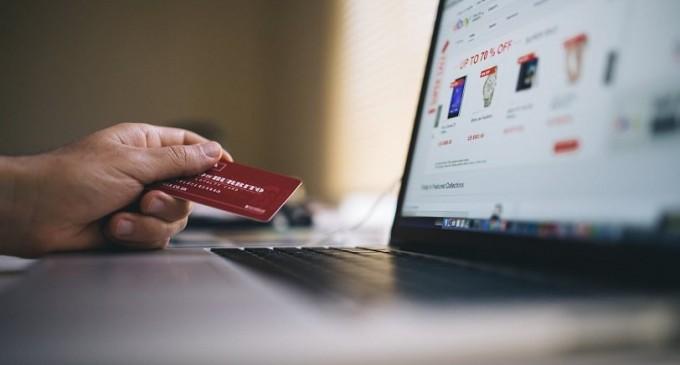 Χαμός στο e-shop του Jumbo: «Γονάτισε» από τις παραγγελίες και κλείνει προσωρινά