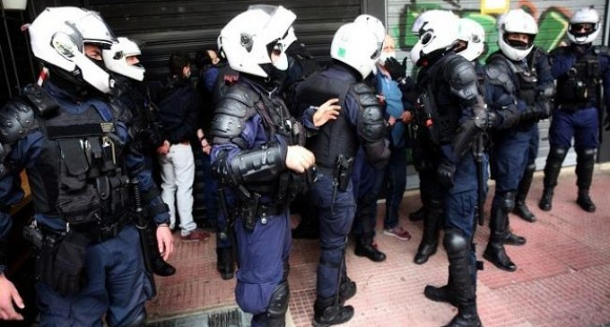 Παρατηρητήριο Fake News της ΝΔ για την αστυνομική βία: Παρουσίασαν φωτογραφία τραβηγμένη τον Μάιο του 2019 στο Βέλγιο ως σημερινή από την Αθήνα