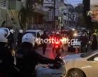 Χτυπούσαν τους αστυνομικούς και εκείνος τραβούσε βίντεο! Νέα στοιχεία για το επεισόδιο σε γήπεδο