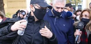 Ελεύθερος ο Νότης Σφακιανάκης: «Θέλω να σας πω κάτι: ότι δεν θέλω να σας πω κάτι»