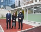 Σύγχρονες προκατασκευασμένες αίθουσες σε αυλές σχολείων του Δήμου Πειραιά