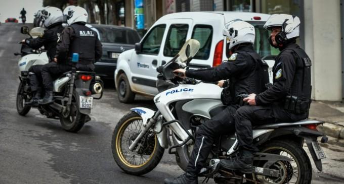 Επιχείρηση της ΕΛ.ΑΣ. στη Δυτική Αττική με πέντε συλλήψεις και ο «θρόνος» του Εσκομπάρ