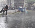 Ισχυρή καταιγίδα στην Αττική – Μαύρισε ο ουρανός