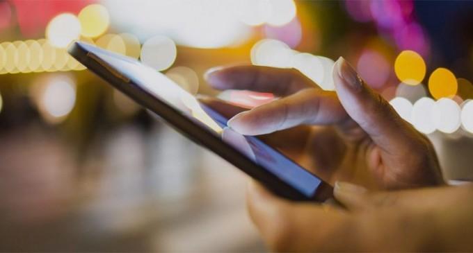 Έρχεται η ιχνηλάτηση κρουσμάτων με το κινητό τηλέφωνο – Πώς θα ξέρουμε ότι ήρθαμε σε επαφή με νοσούντα