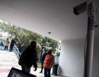 «Βόμβα» Εξαδάκτυλου: Μπορεί τα σχολεία να κλείσουν αν υπάρξει ραγδαία αύξηση κρουσμάτων