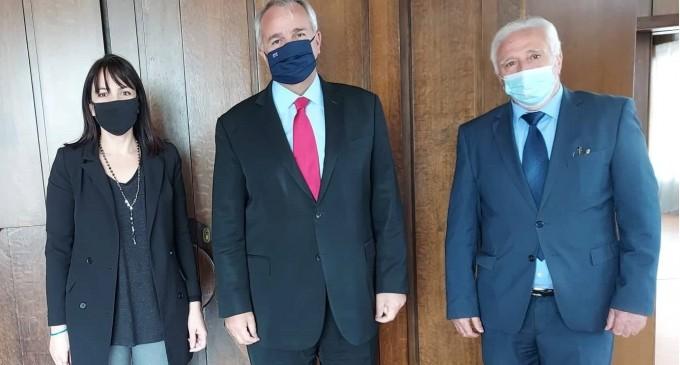 Συνάντηση με τον Υπουργό Εσωτερικών Μάκη Βορίδη πραγματοποίησε η Δήμαρχος Πεντέλης Δήμητρα Κεχαγιά για θέματα του Δήμου και της Αυτοδιοίκησης