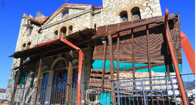Βούλιαξε η γη στην Ελασσόνα από τον σεισμό – 40 εκατοστά η καθίζηση του εδάφους