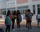 Κεραμέως: Το σχολικό έτος θα παραταθεί εντός του Ιουνίου – Κανονικά οι Πανελλαδικές