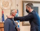 Δήμος Αθηναίων: Τίμησε τον πρίγκιπα Κάρολο με το Χρυσό Μετάλλιο Αξίας της Πόλεως