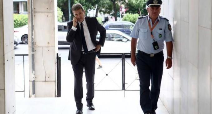 Στη ΓΑΔΑ ο Μιχάλης Χρυσοχοΐδης: Τι είπε στην ομάδα Δράση για τα επεισόδια στη Νέα Σμύρνη