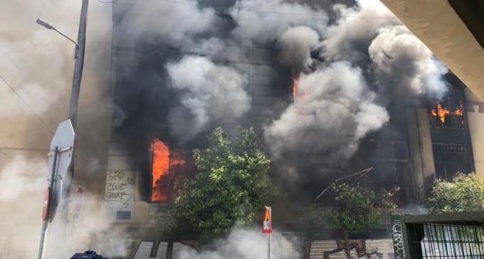 Δήλωση Δημάρχου Πειραιά Γιάννη Μώραλη για τη φωτιά στο κτήριο επί της Ομηρίδου Σκυλίτση