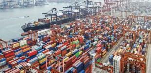 Συμφόρηση εμπορευματοκιβωτίων στα μεγαλύτερα λιμάνια του κόσμου