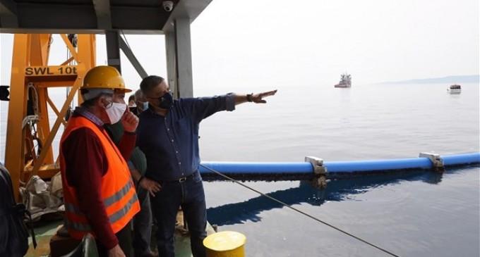 Αίγινα: Επίβλεψη Γ. Πατούλη στο έργο πόντισης του υποθαλάσσιου αγωγού υδροδότησης