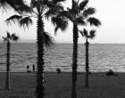 Παλαιό Φάληρο: Στην αμμουδιά με τα γεννητικά του όργανα σε κοινή θέα – Έβριζε τους αστυνομικούς κατά την σύλληψη