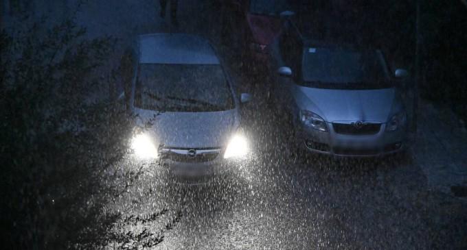 Καιρός Αγίου Πνεύματος: Καταιγίδες και χαλάζι σήμερα – Άνοδος της θερμοκρασίας από Δευτέρα