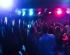 «Βόμβα» διασποράς του ιού σε beach bar του Αλίμου: «Ρώτα ποιος δεν κόλλησε καλύτερα!»