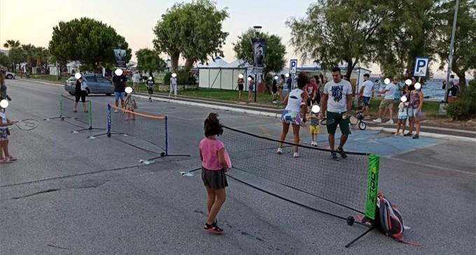 Με επιτυχία πραγματοποιήθηκε το 1ο street mini tennis day στη Νέα Μάκρη