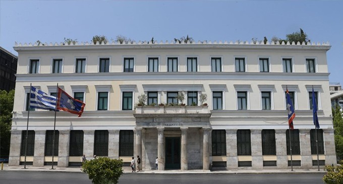 Διχάζει την Αυτοδιοίκηση και τα Δημοτικά –Περιφερειακά Συμβούλια η ρύθμιση Βορίδη-Πέτσα για τις δια ζώσης συνεδριάσεις τους. Ότι συνέβη στο ΔΣ της Αθήνα προμηνύει τι θα γίνει παντού
